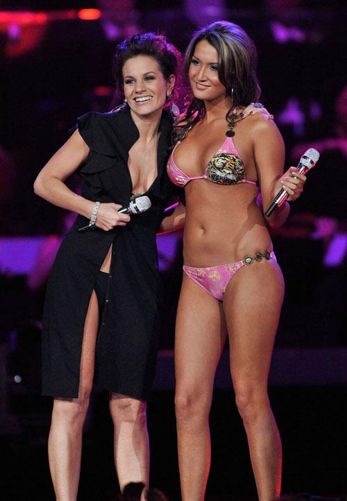 Kara Dioguardi Bikini Pictures 85