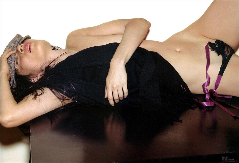 Lucy Liu topless