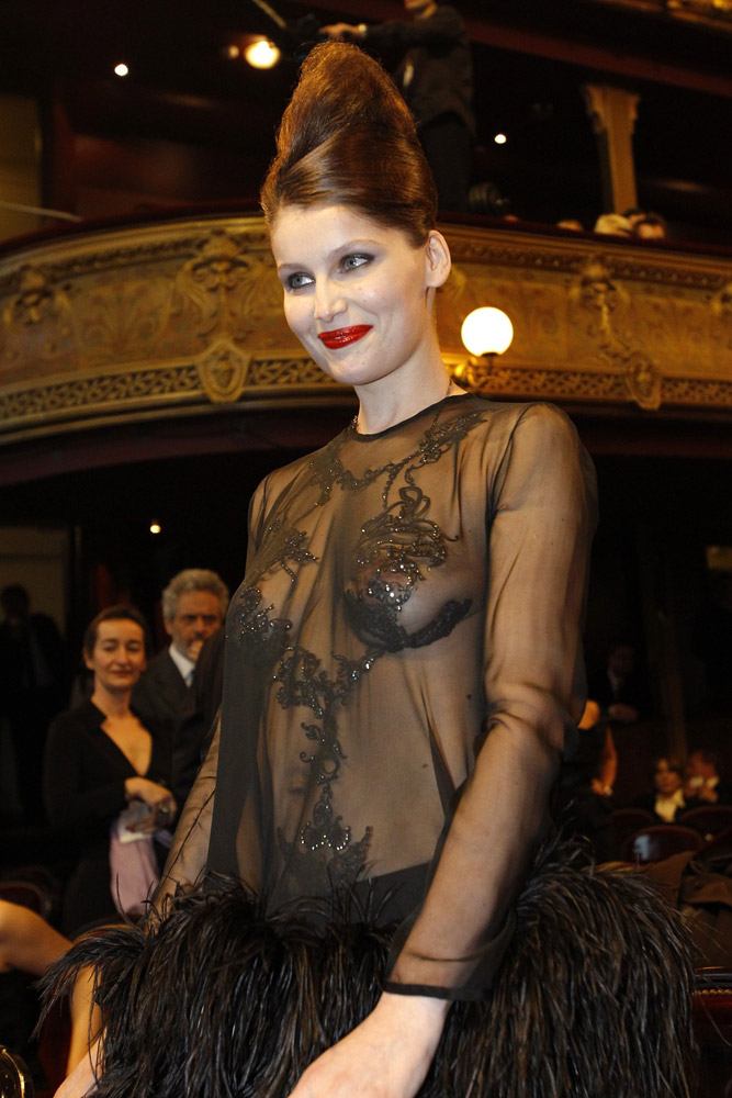 Laetitia Casta vestido transparente