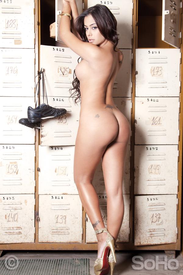 Larissa Riquelme SOHO 2011