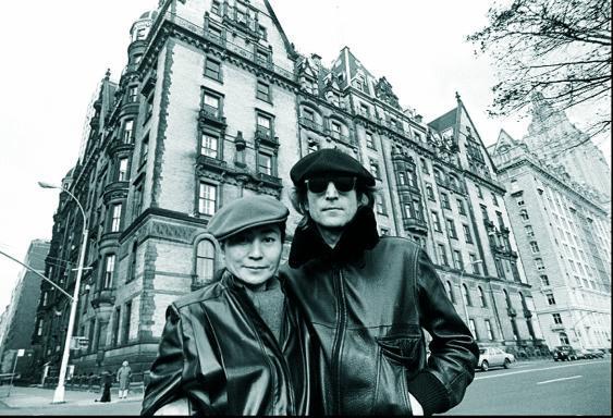 John Lennon con Yoko Ono