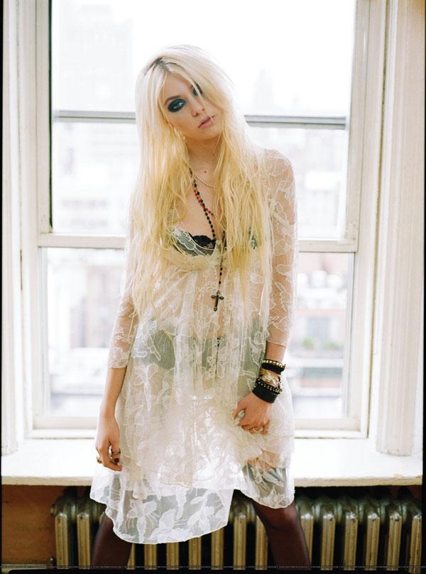 Taylor Momsen photoshoot