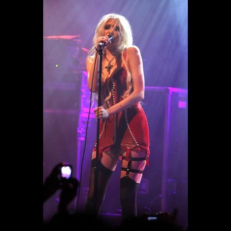 Taylor Momsen El Rey Concert