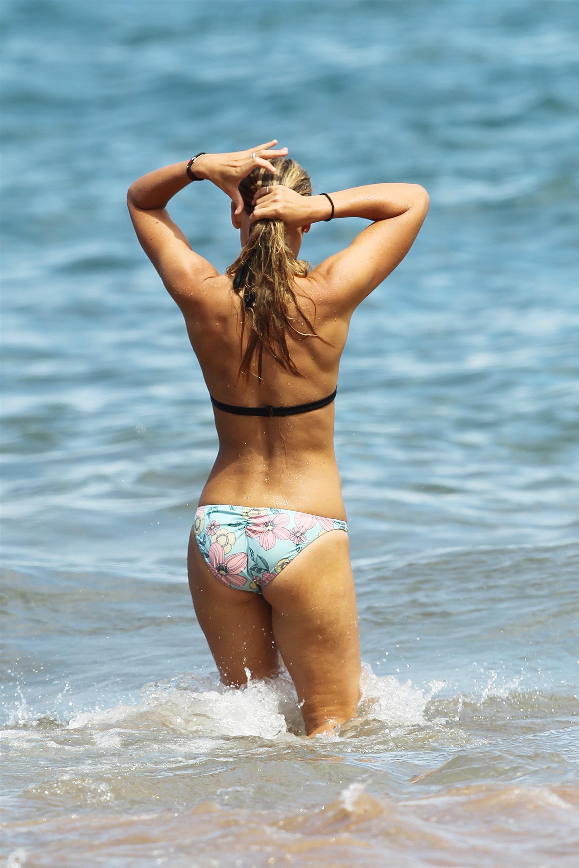 Anna Torv en bikini