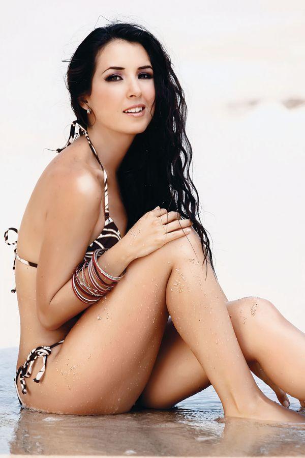 Fatima Torre bikini
