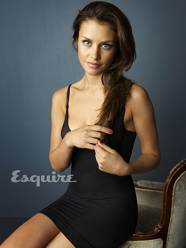 Hannah Ware - Gallery Photo Colection