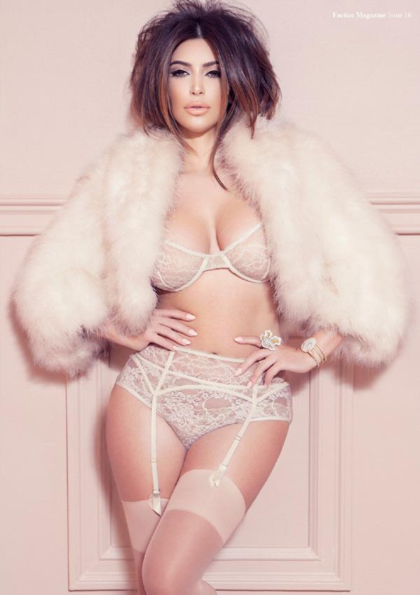Kim Kardashian revista Factice