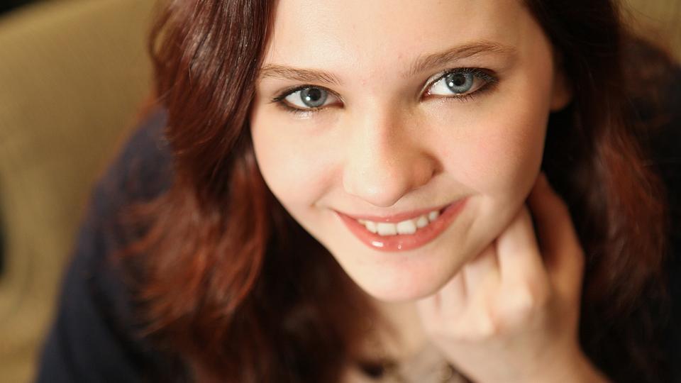 Abigail Breslin Sexy