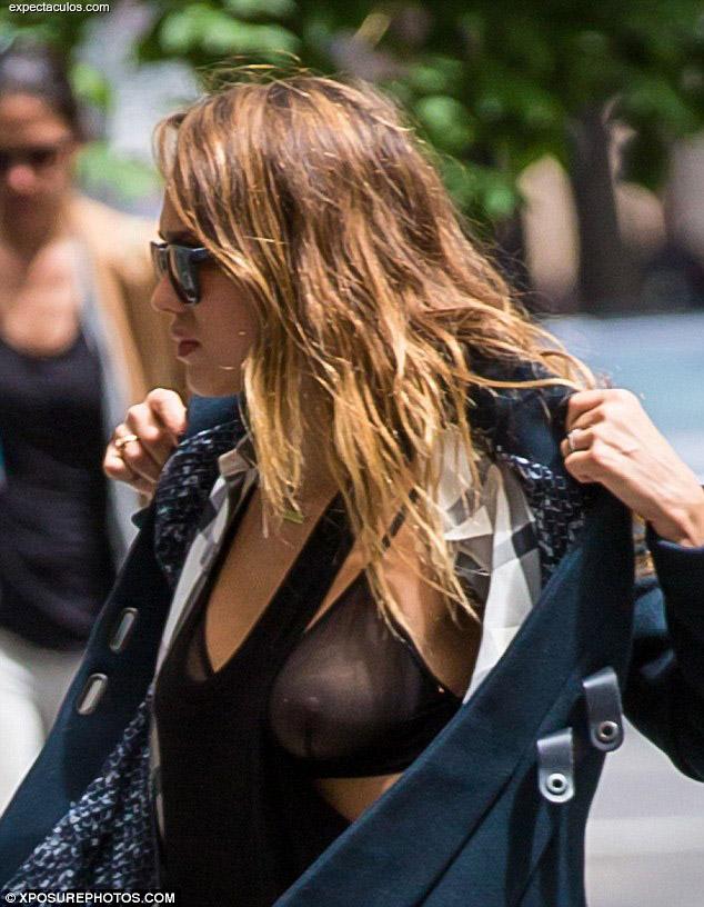 Jessica Alba breast