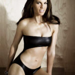 Is Hilary Swank hot or not?