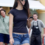 Kendall Jenner y Ava Sambora en daisy dukes