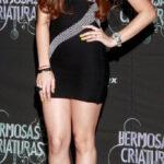 Danna Paola en la premiere de Hermosas Criaturas