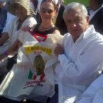 Sacerdote italiano quema foto de Benedicto XVI durante misa