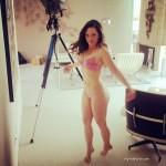 Actriz Mackenzie Rosman posa para revista Maxim