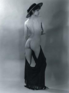 madonna-nude-portrait-auction-12