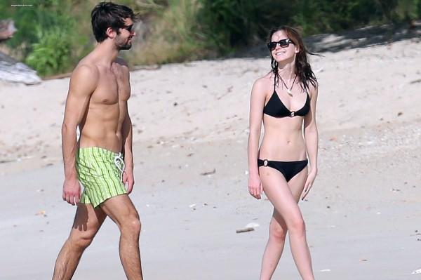 Emma-Watson-and-Matthew-Janney-on-holiday-3005774