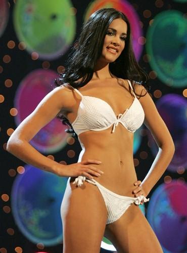 miss-venezuela-2004b