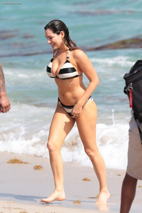 Kelly_Brook_bikini9