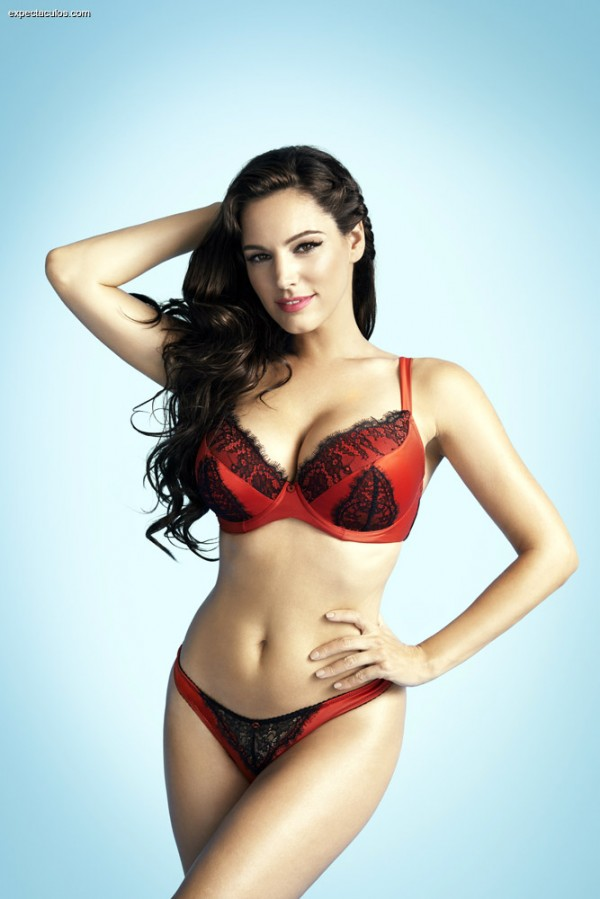 Kelly_Brook_lenceria1