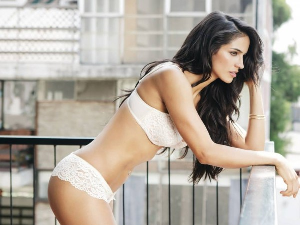 Barbara-de-Regil-Lingerie-Shoot-for-Soho-3