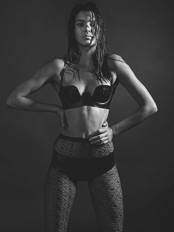 Kendall-Jenner-Mario-Sorrenti-LOVE-mdc
