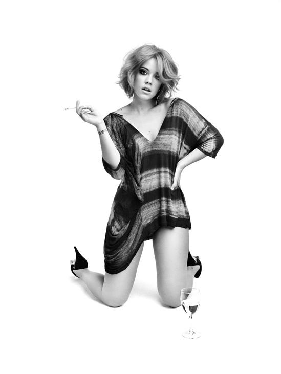 Lily_Allen_William_Baker_Photoshoot_2010_19_