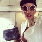 Lady Gaga enseño de mas en Instagram