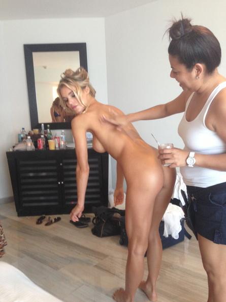 Joy-Corrigan-Naked-07