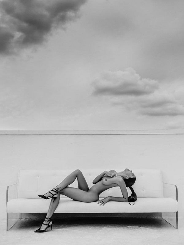 keir-reclined-miami-rooftop-2014