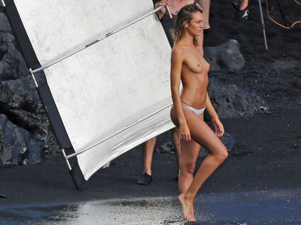 candice-swanepoel-topless-00-900x675