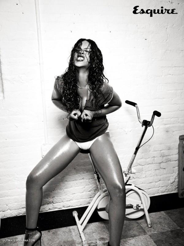 Rihanna-Esquire-Hottie-03
