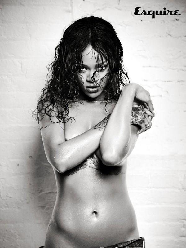 Rihanna-Esquire-Hottie-08