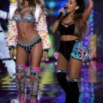 Ariana Grande en el desfile de Victoria's Secret Fashion Show