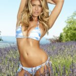 Samantha Hoopes en la Sports Illustrated Swimsuit edition 2015
