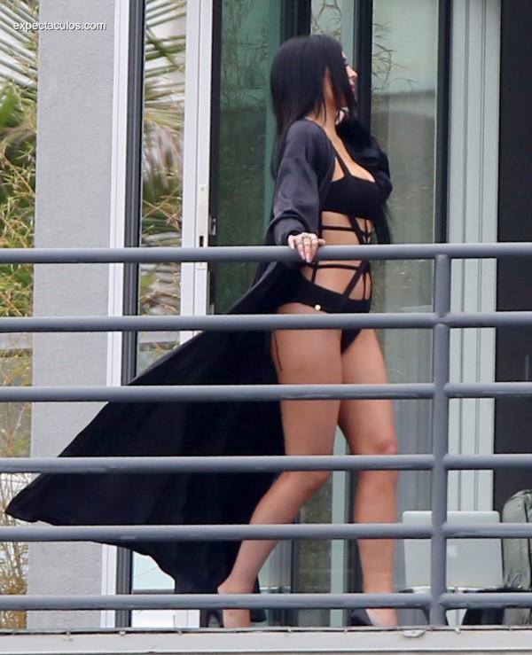 Kylie-Jenner016