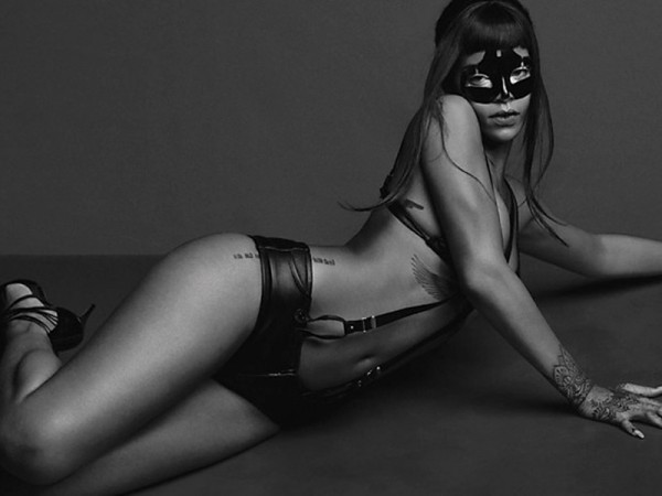 Rihanna-Bound-Up-And-Topless-For-Another-Magazine-02