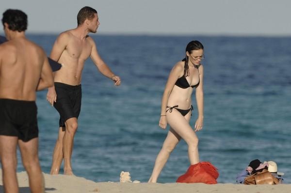 Alexis_Bledel_Wearing_a_Bikini_at_a_Beach010