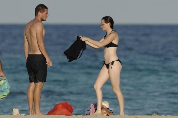 Alexis_Bledel_Wearing_a_Bikini_at_a_Beach018