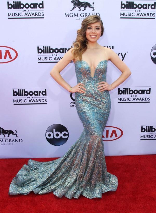 Jennette-McCurdy-2015-Billboard-Music-Awards-3