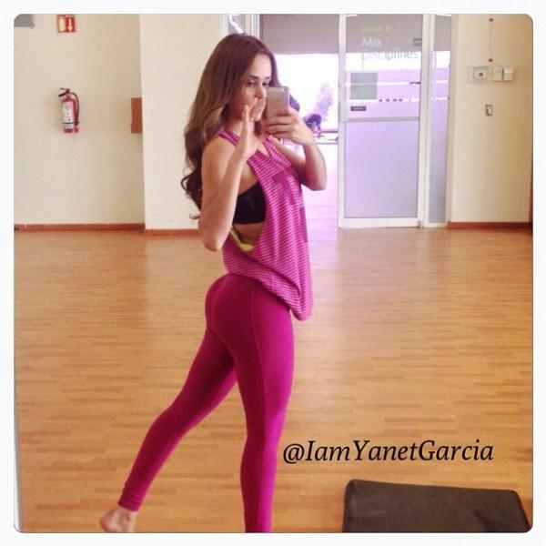yanet-garcia-butt-instagram-0624-23-640x640