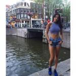 Eiza Gonzalez por europa