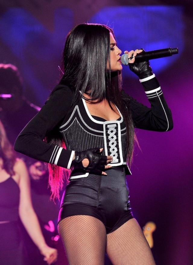 Selena-Gomez-103