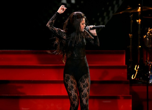 Selena-Gomez-at-102-7-KIIS-FM-Jingle-Ball-2015-in-LA-4