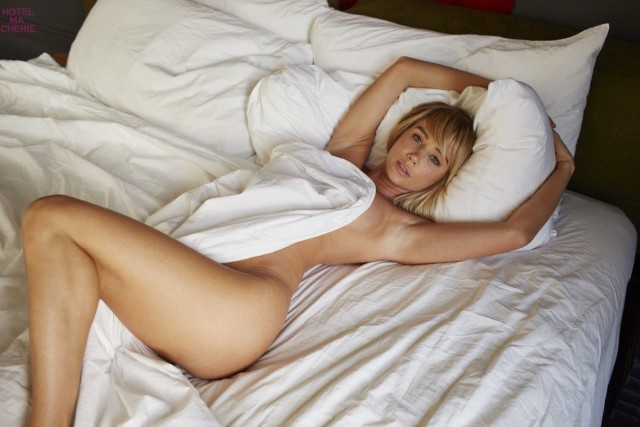 Sara-Underwood-Hotel-Ma-Cherie-Photoshoot-2