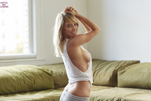 Sara-Underwood-Hotel-Ma-Cherie-Photoshoot-3