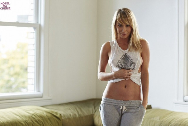 Sara-Underwood-Hotel-Ma-Cherie-Photoshoot-6