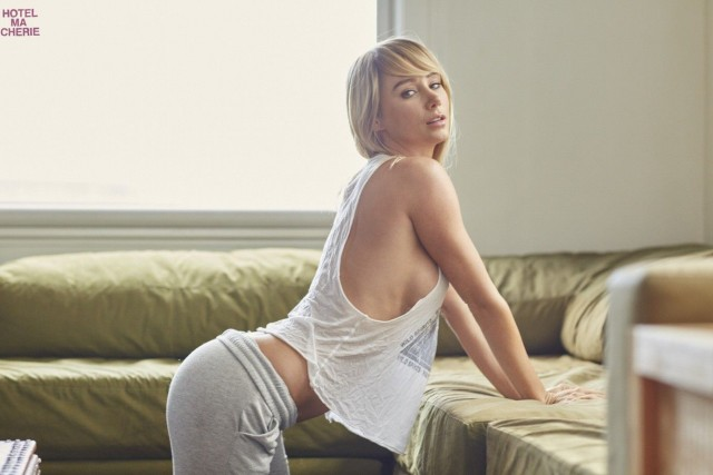 Sara-Underwood-Hotel-Ma-Cherie-Photoshoot-7