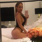 Jennifer Lopez incendio instagram con esta foto!