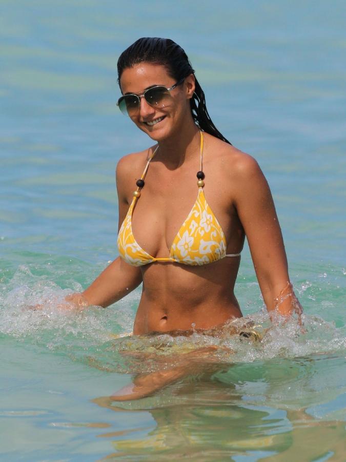 Emmanuelle Chriqui en bikini en Miami - Musica Cine y ...