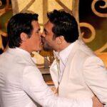 El beso de Bardem y Brolin que no salio en la TV